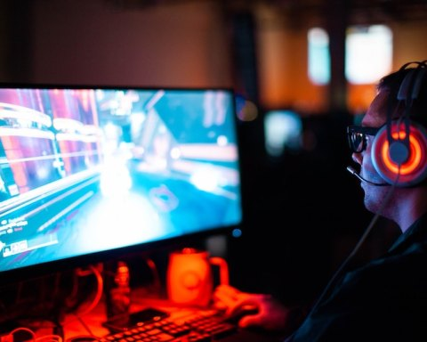 Are Computer Games Causing Marriages to Break Down?