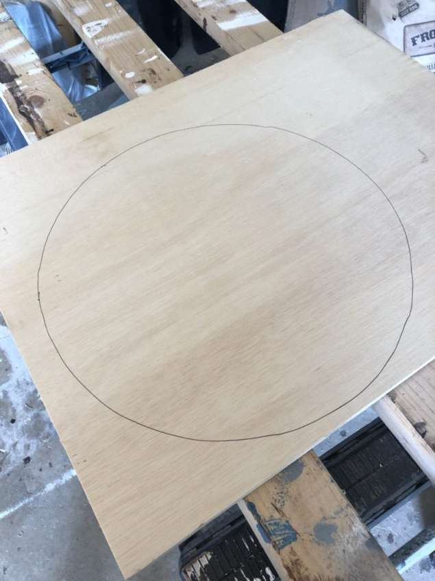 wood circle for metal decor