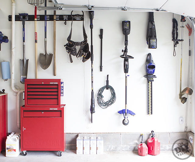Organized Garage Makeover The Diy Village