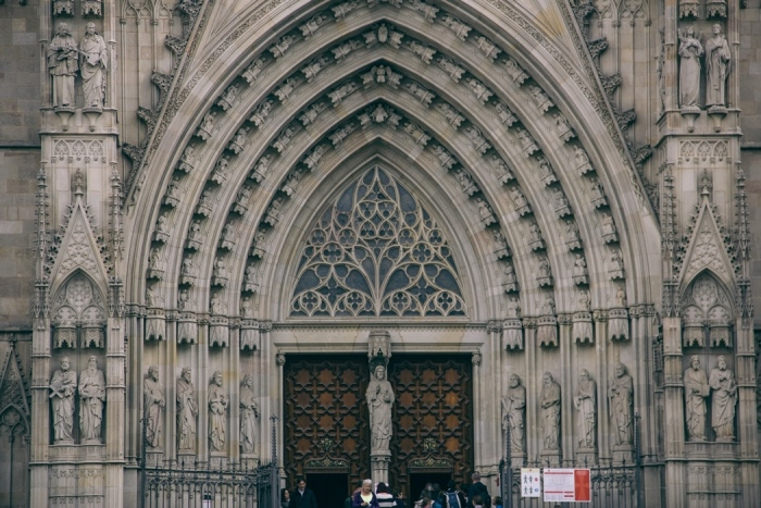 barcelona cathedral thedollsfactoy  (2)