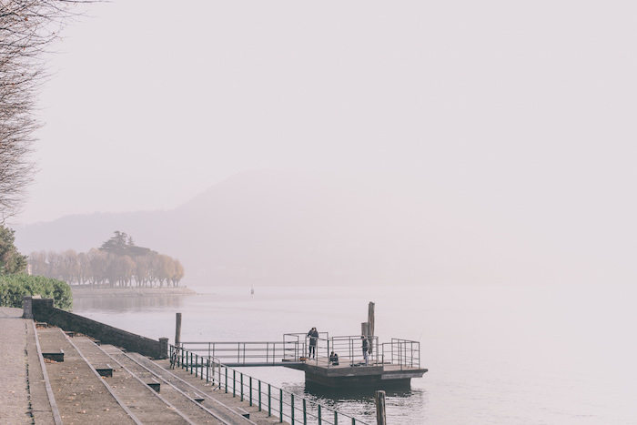 lake lecco winter