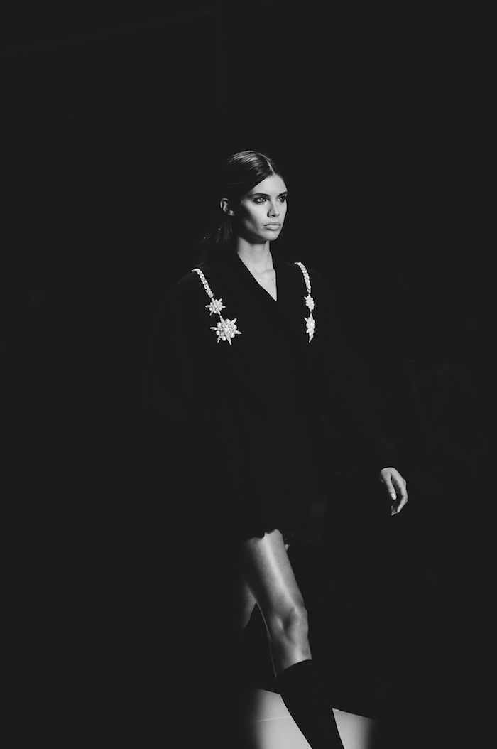 francesco scognamiglio spring summer milan fashion week sara sampaio