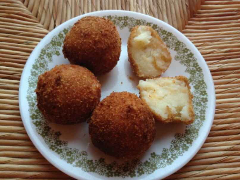 Cheese Fried Potato Balls