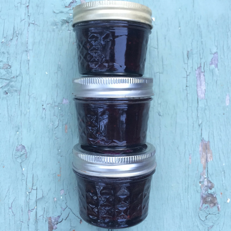 Best Berry Jam Canning Recipe | The Domestic Wildflower click to read the full tutorial for making delicious blackberry and strawberry jam!