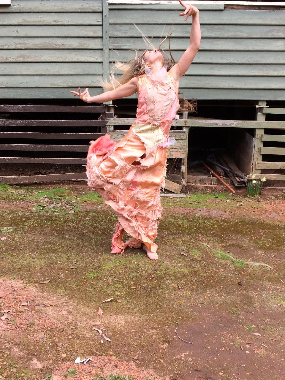 Floeur Alder choreographed by Chrissie Parrott