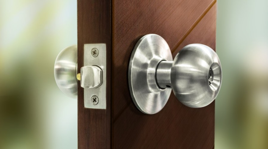 Levers or Door Knobs Which One to Choose