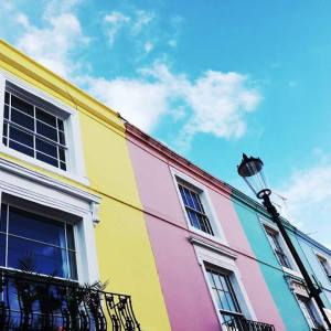 On the road: Portobello, la Londra colorata.