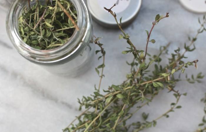 How To : Easy Dried Herb