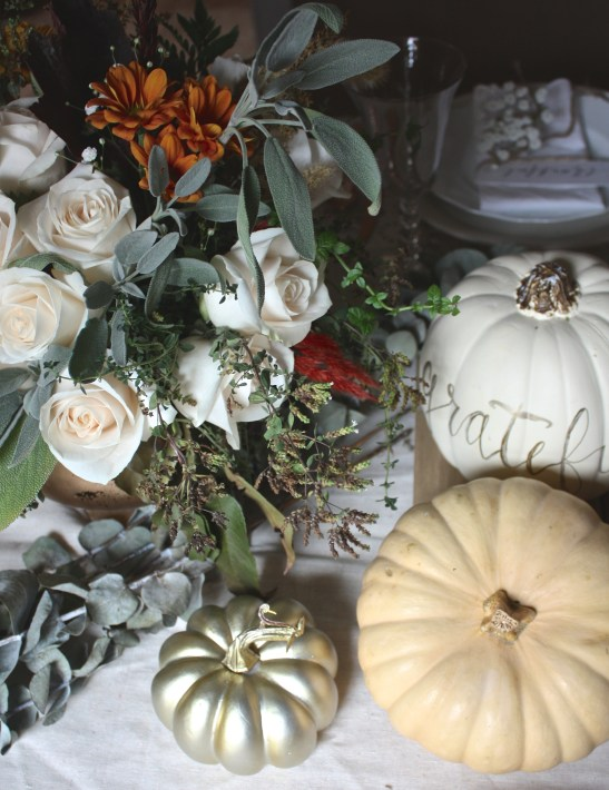 A Light & Warm Thanksgiving Foraged Centerpiece | Dreamery Events