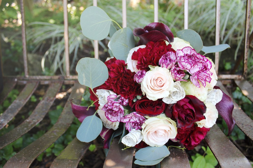 """Falling in Love"" A Burgundy & Gold Wedding"