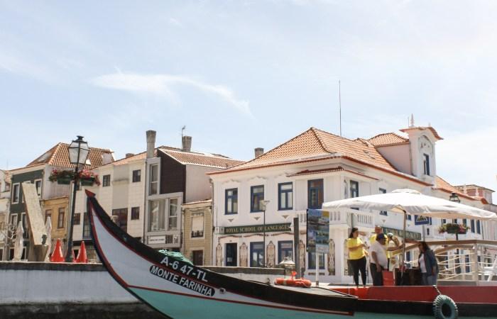 """A Moliceiro Boat Ride through Aveiro's Ria    The """"Portuguese Venice"""""""