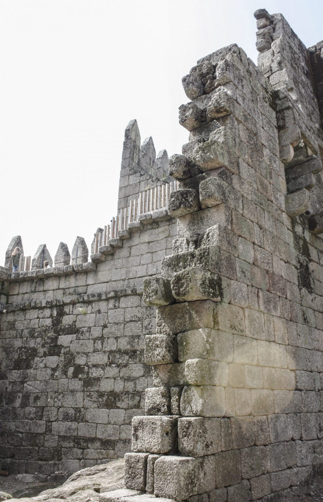 Traveling to .....Palacio dos Duques & a wobbly {maybe slightly toasty} walk around the Castelo Guimarães || Dreamery Travels