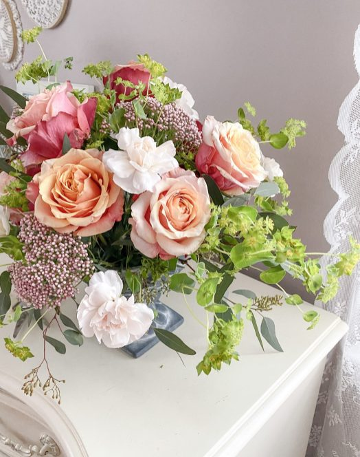 Floral Inspiration :: A Bright + Colorful Arrangement Inspired by Dutch Floral Still-Life Paintings    Dreamery Events