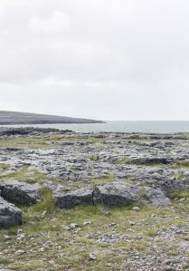 Traveling to ... the quiet openness of Burren National Park + the charming liveliness of Galway || Ireland || Dreamery Travels