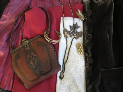 Vintage purse (Feathers, Austin, TX), Sundance cuff, vintage Monet earrings (mine from 1991!), End of Century cicada ring (NYC), and Lava 9 Art Nouveau necklace (Berkeley, CA).