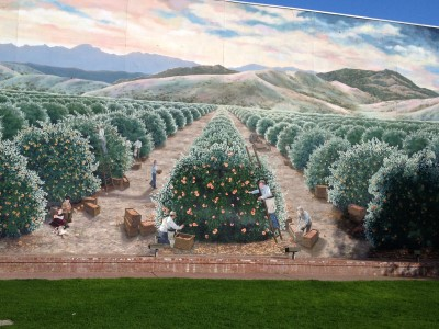 "A scene from the mural ""Orange Harvest"" of the 1930s by Colleen Mitchell-Veyna and Morgan McCall, 1996, SE corner of Pine and E Streets, Exeter."
