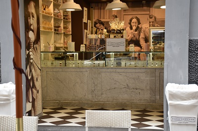 Another cute gelateria and pastry shop. Do you notice a trend here?