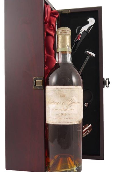 1949 Chateau d' Yquem 1949 1er Cru Sauternes (Base of neck neck perfect Provenance)