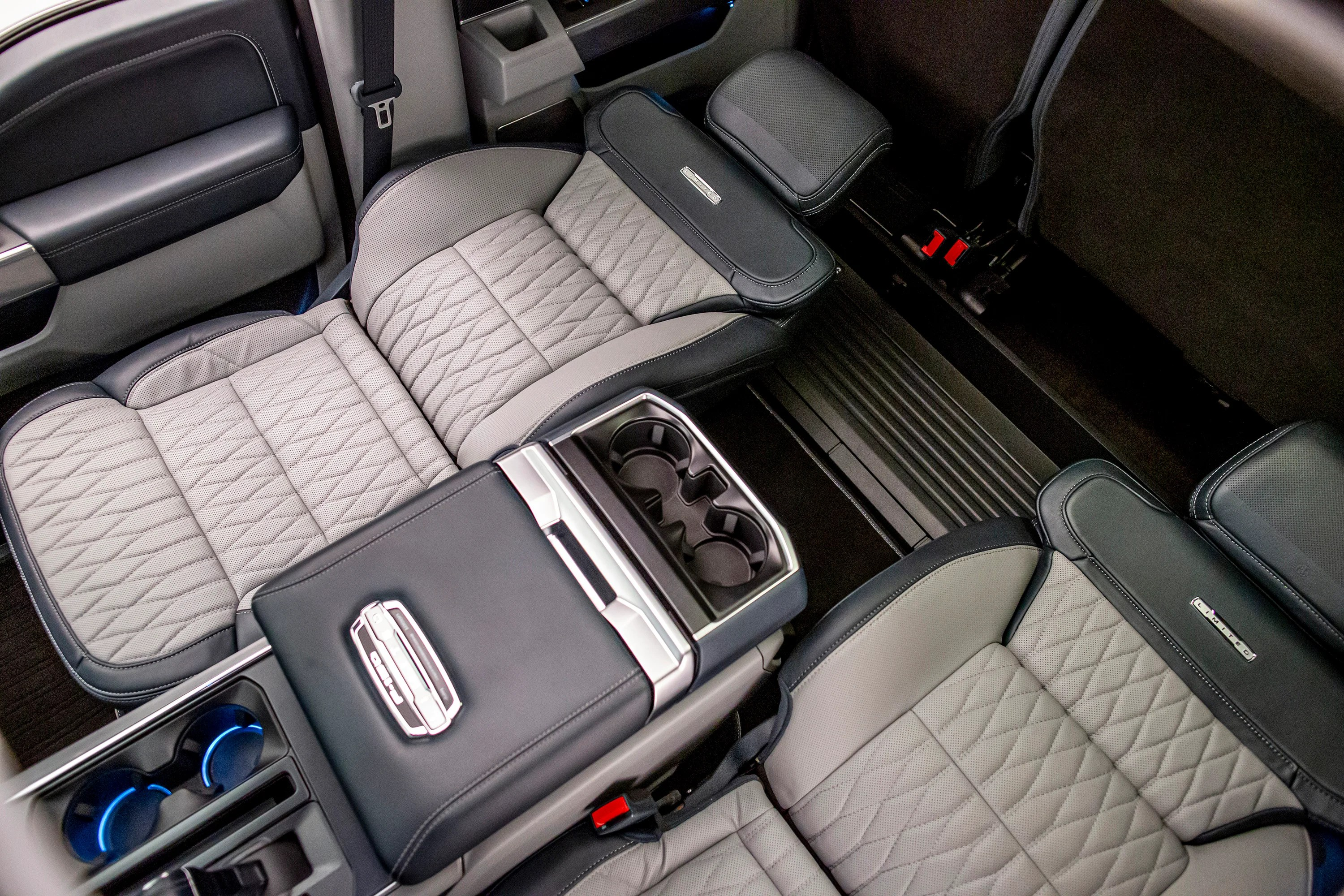 Some new photos of the king ranch's interior are out thanks to ford authority. How The 2021 Ford F 150 S Max Recline Seats Work The Drive