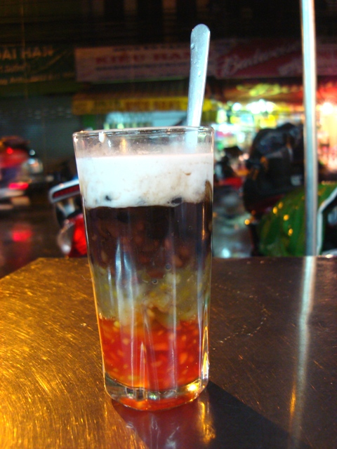 Chợ Tân Định chè ba màu