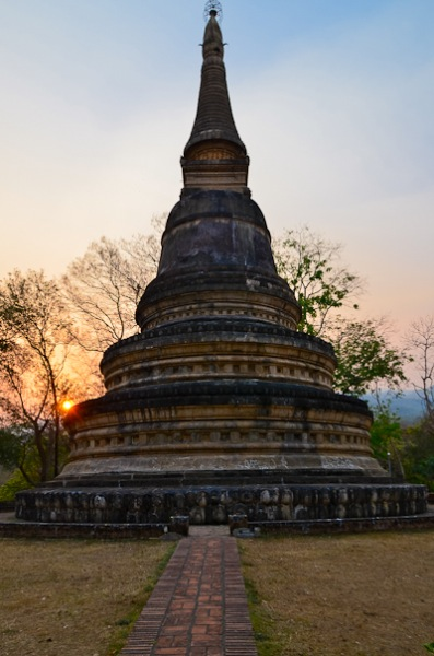 Sunset at Wat Umong