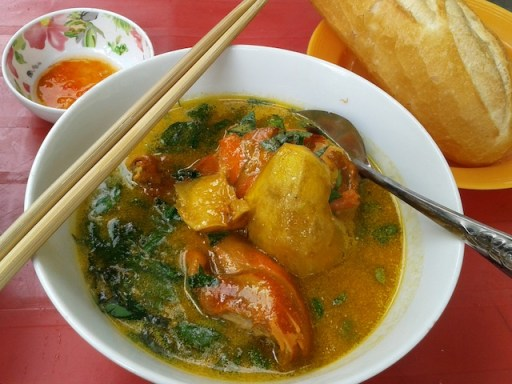 The Lunch Lady's ca ri (chicken curry)