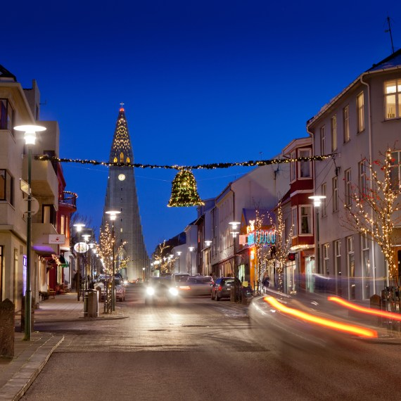 Reykjavik at night (image courtesy of www.iceland.is)