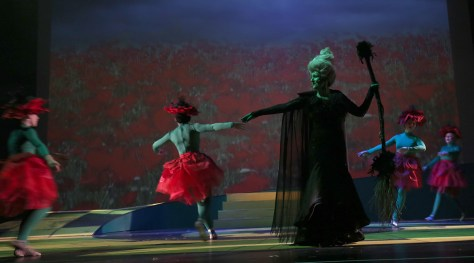 Poppies dance around the Wicked Witch of the West. (Kâté Braydon/The East)