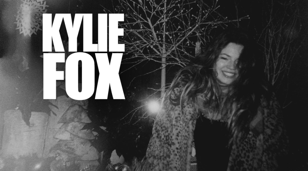 Single: Kylie Fox Attempts To Solve Awkward Holiday Dinners With 'Christmas Boyfriend'