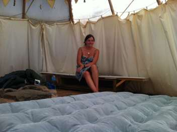 Air mattress in the teepee