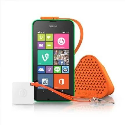 The Nokia Lumia 530 and the Bang mini speaker by Coloud