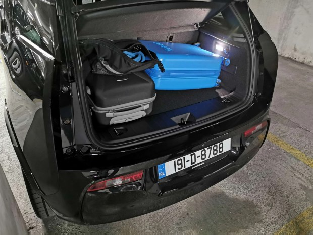 BMW i3s Boot