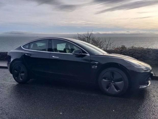 UFODrive Tesla Model 3