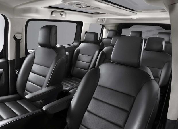 Opel-Zafira-e Interior