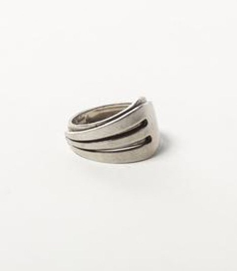 _0012_Metal Fork Ring
