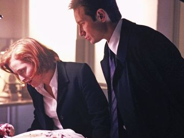 Agents Scully and Mulder on The X-Files