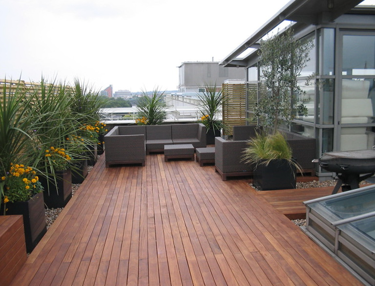 Outdoor Deck Designs Small Yard | Home Design Ideas on Small Yard Deck id=47428
