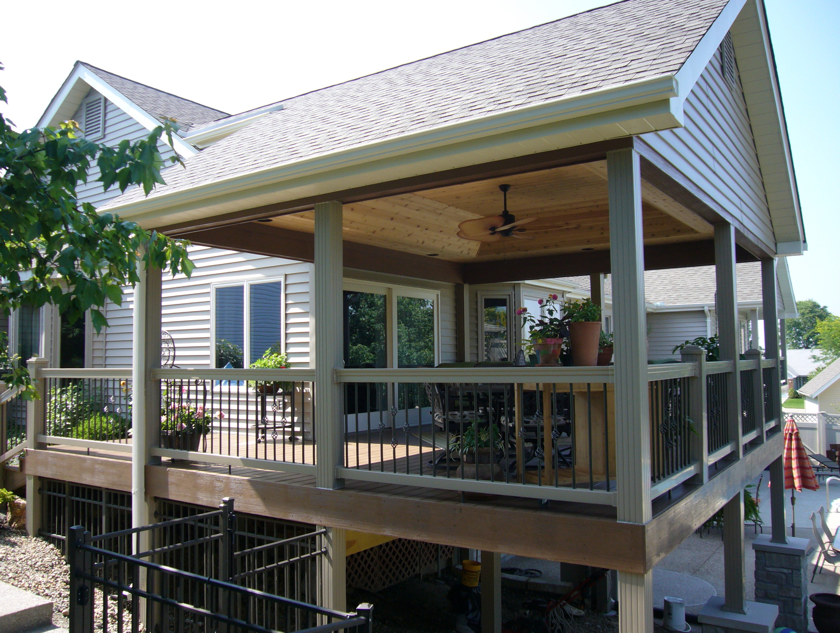Outdoor Covered Deck Ideas | Home Design Ideas on Covered Back Deck Designs id=86253