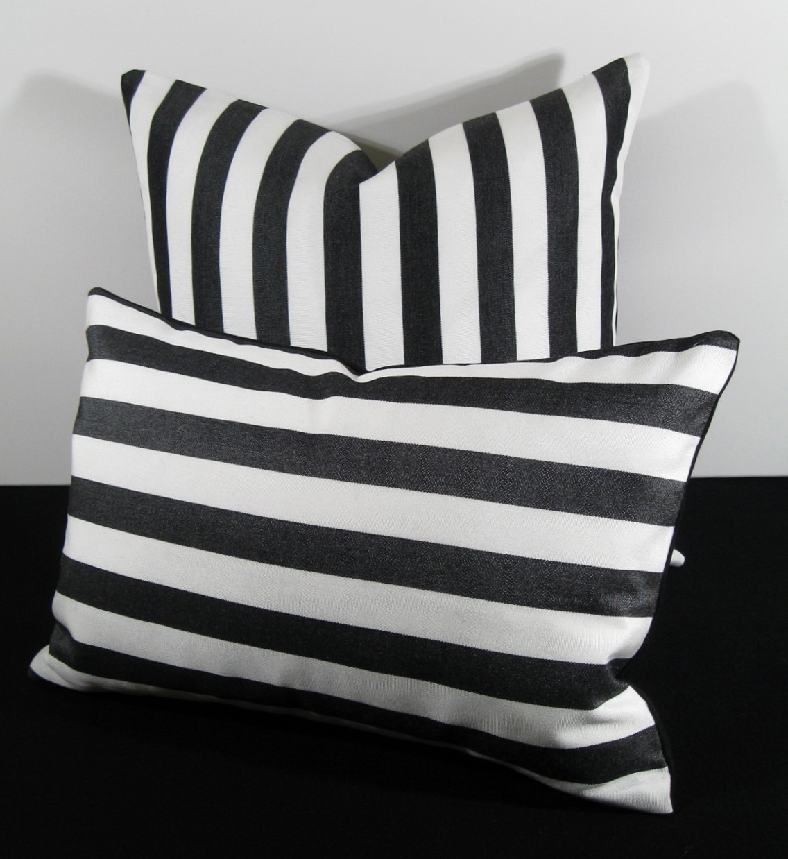 Black And White Outdoor Cushions Home Design Ideas