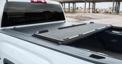 TrailFX Hard Tri-Fold Tonneau Cover