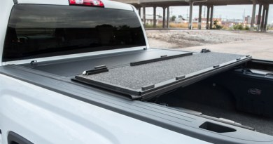 TrailFX Hard Tri-Fold Tonneau Cover