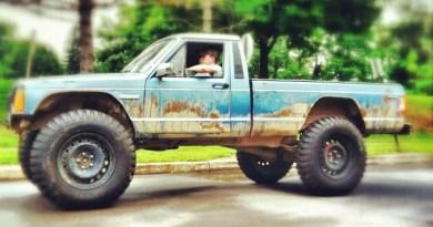Brian Toole's '87 Jeep Comanche