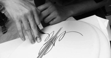 The Dying Art of Pinstriping