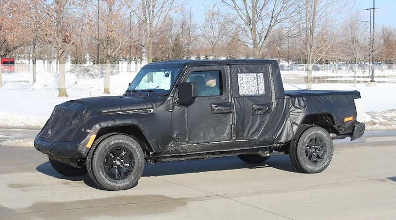 The new Wrangler Pickup will debut at the November 2018 LA Auto Show