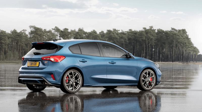 Volkswagen Golf, Ford Focus ST, & Subaru WRX STI: Exciting