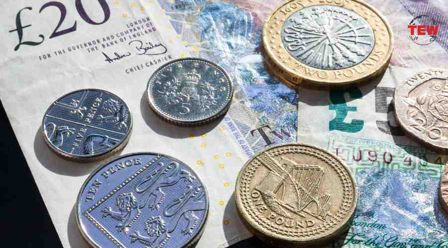 Pound Falls More Than 1% On The Brexit Uncertainty
