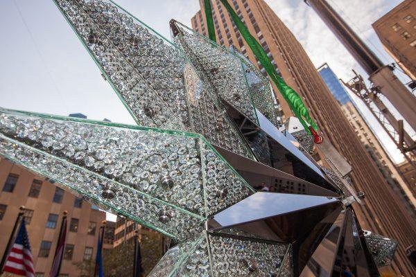 Swarovski Star Ascends Rockefeller Christmas Tree in NYC ...