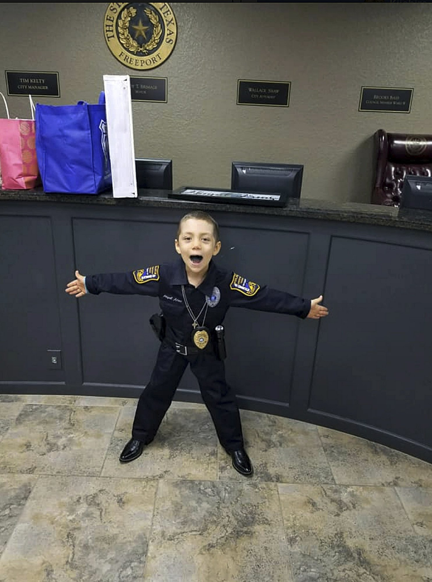 6 Year Old Girl With Cancer Sworn In As Honorary Police Officer