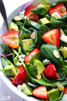 Strawberry-and-Avocado-Spinach-Salad-1