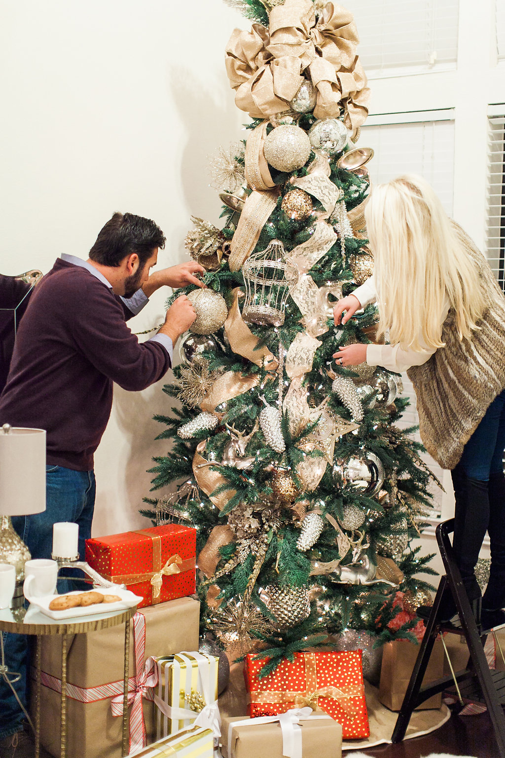 how to decorate the perfect christmas tree